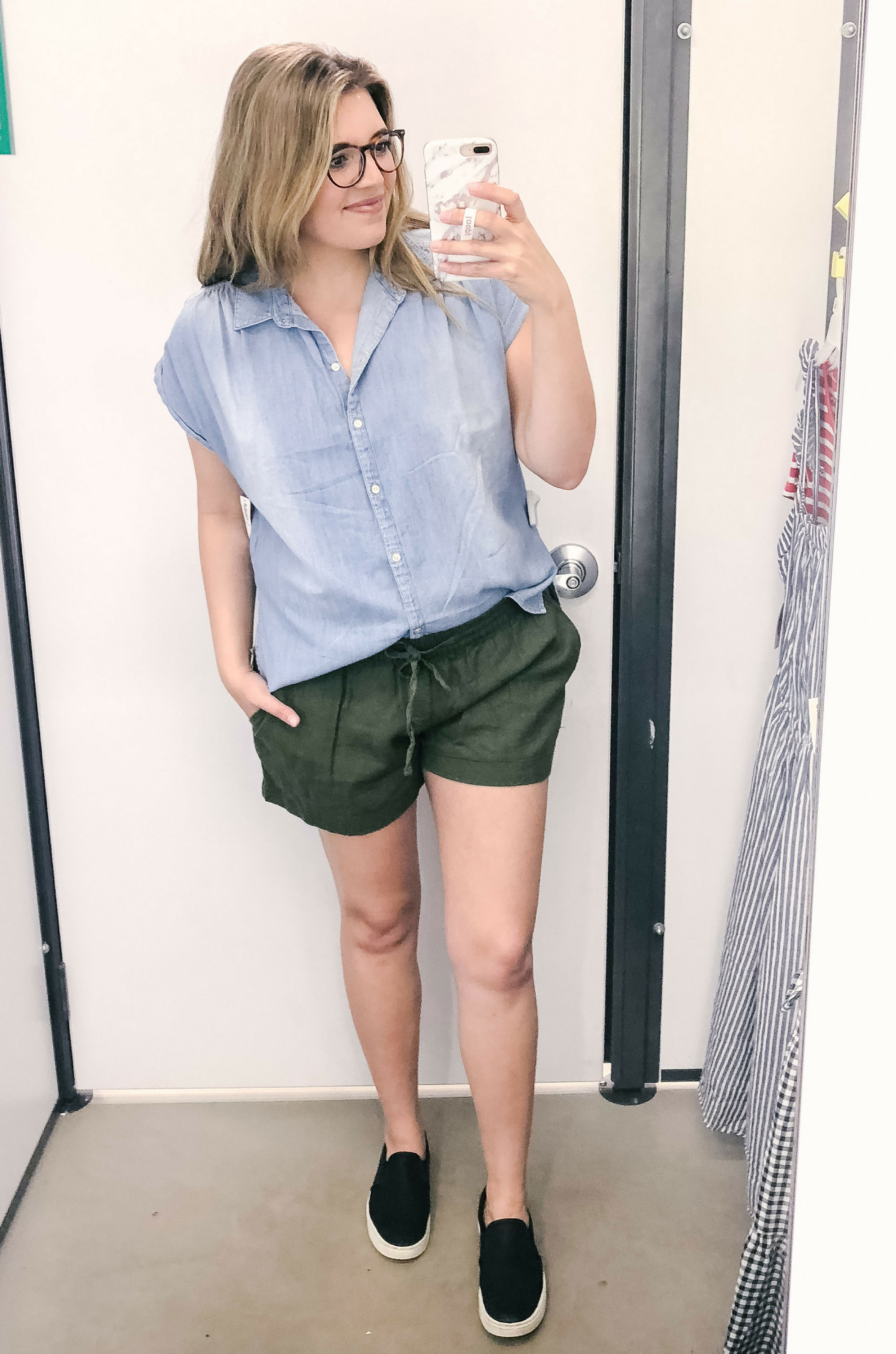 best mom shorts - sharing my tried and true mom shorts that I love for comfort and length! See all five picks at bylaurenm.com!