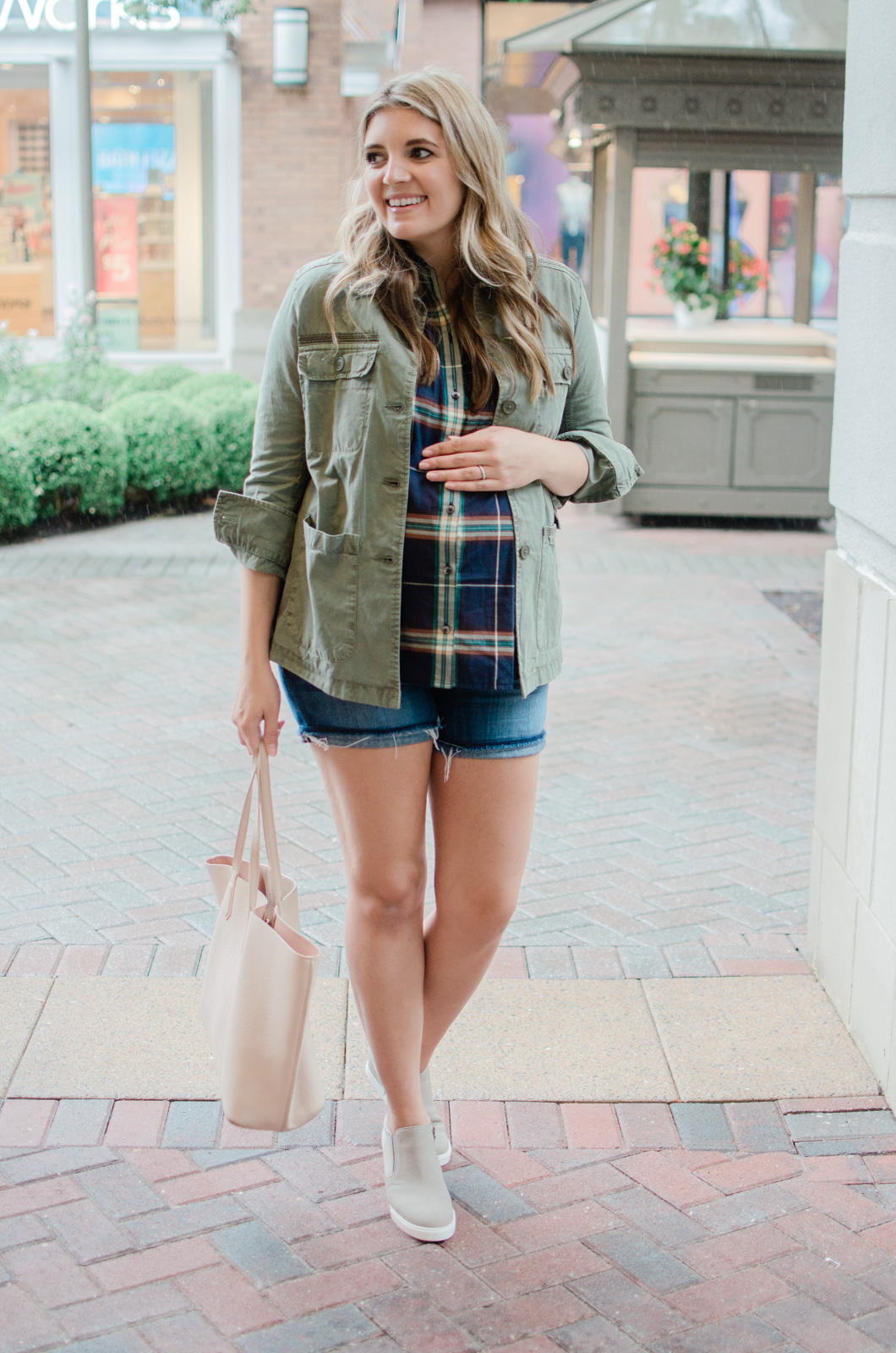 early fall outfit ideas - plaid with cargo jacket and shorts maternity style | bylaurenm.com