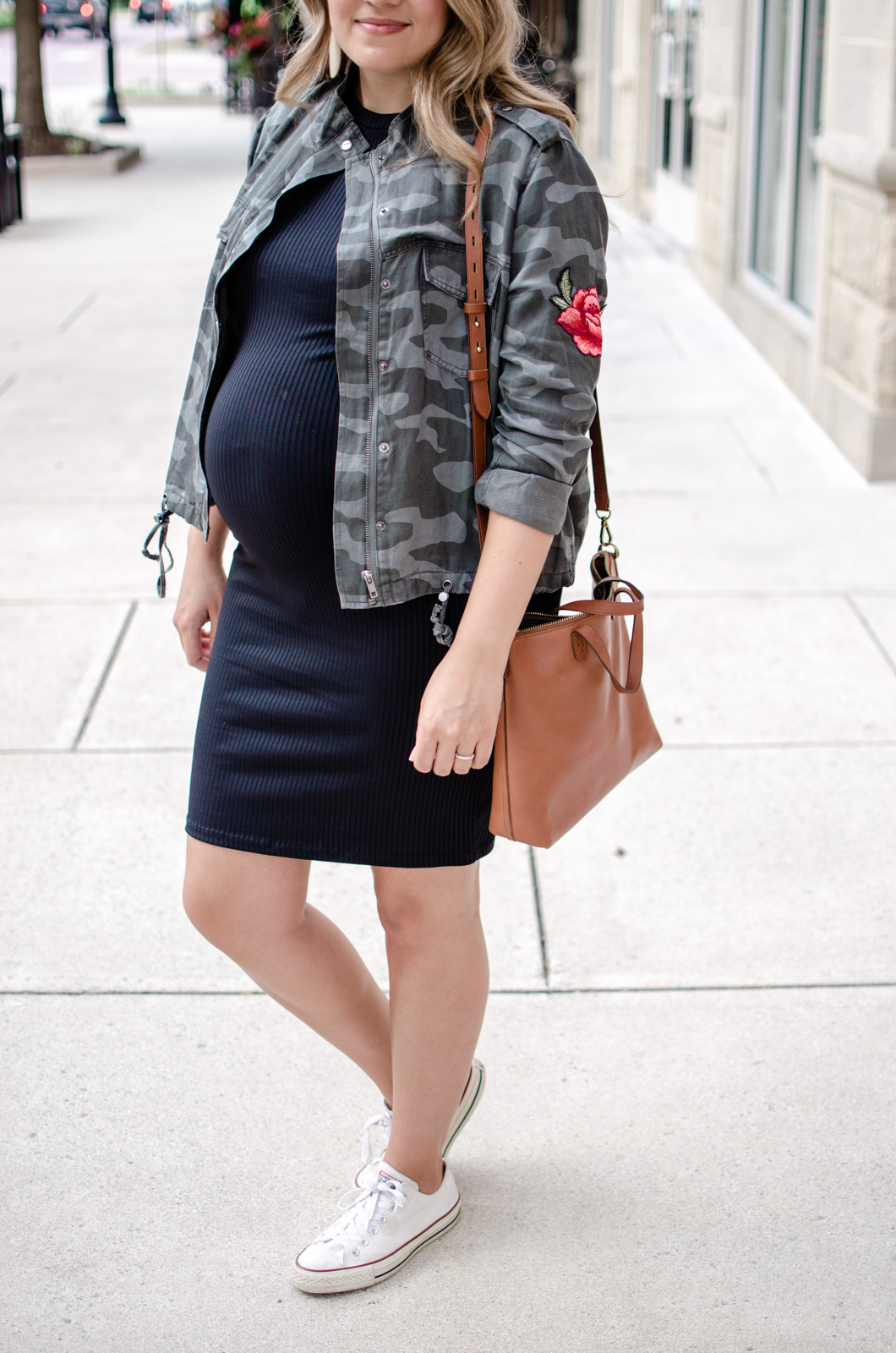 fall maternity outfit idea - what to wear fall pregnancy | bylaurenm.com