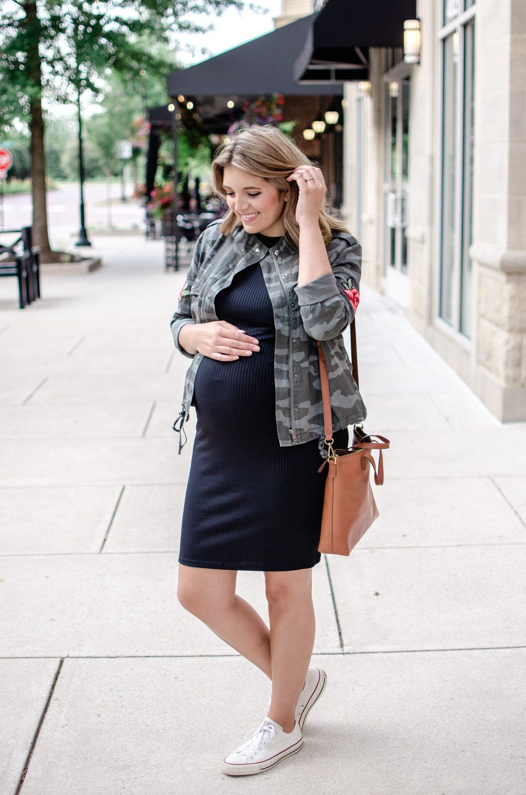 fall pregnancy outfit - camo jacket outfit idea for fall - nordstrom anniversary sale outfits   bylaurenm.com