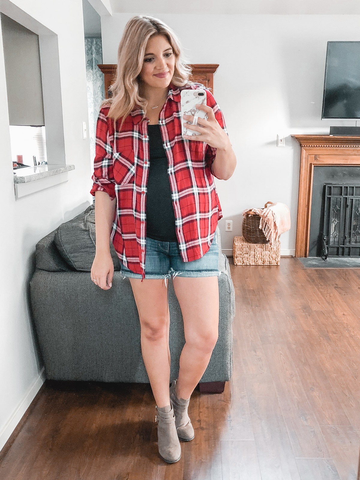 early fall plaid top outfit. Need plaid top outfit ideas? I'm sharing one $31 plaid top styled 15 different ways on bylaurenm.com!