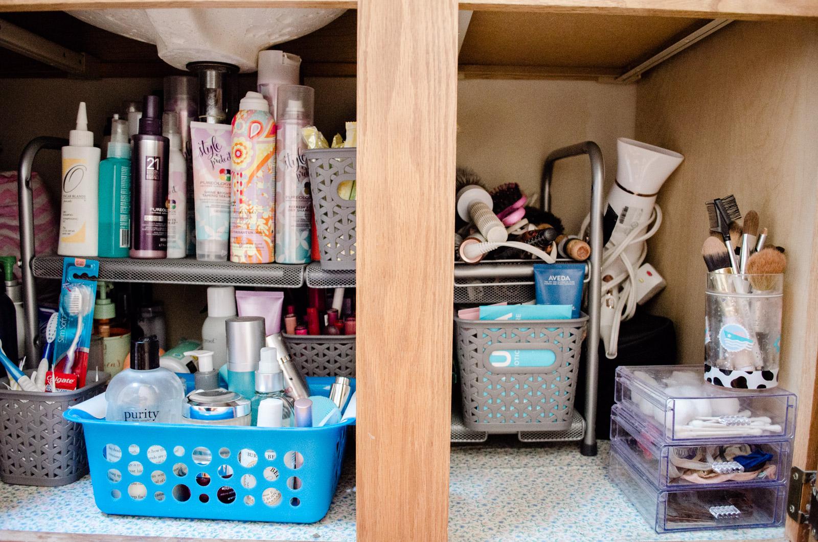 bathroom under the sink organization DIY - how to organize bathroom   bylaurenm.com