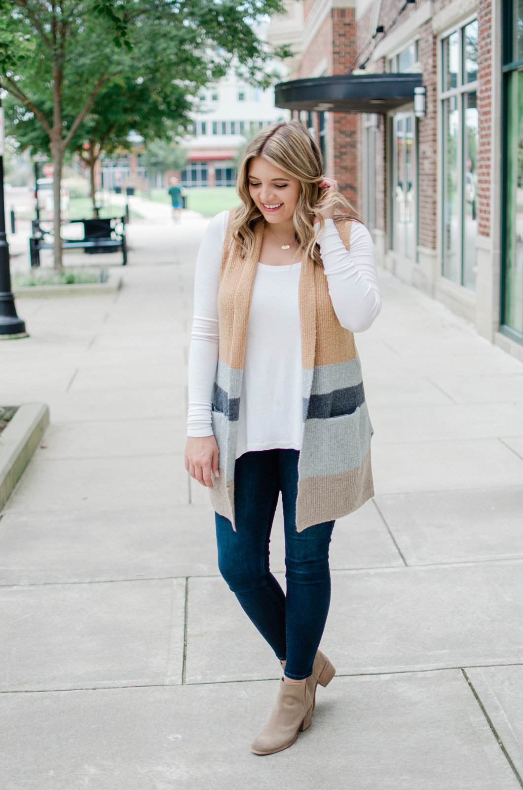 open sweater vest outfit for fall - how to wear a long sweater vest outfit for fall! | bylaurenm.com