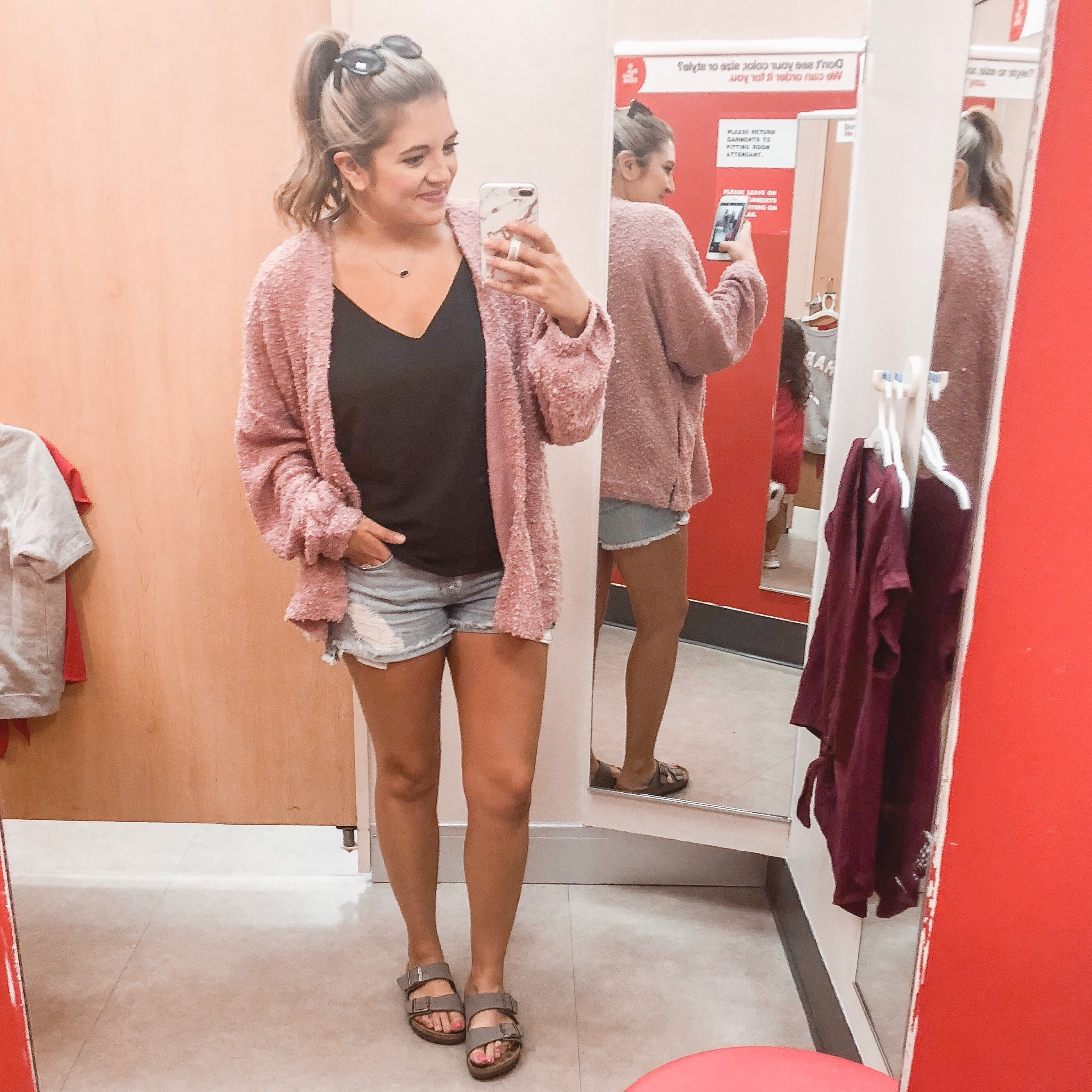 target fall clothes 2018 | See more fall pregnancy outfits and postpartum outfits in my August Instagram outfit roundup! bylaurenm.com