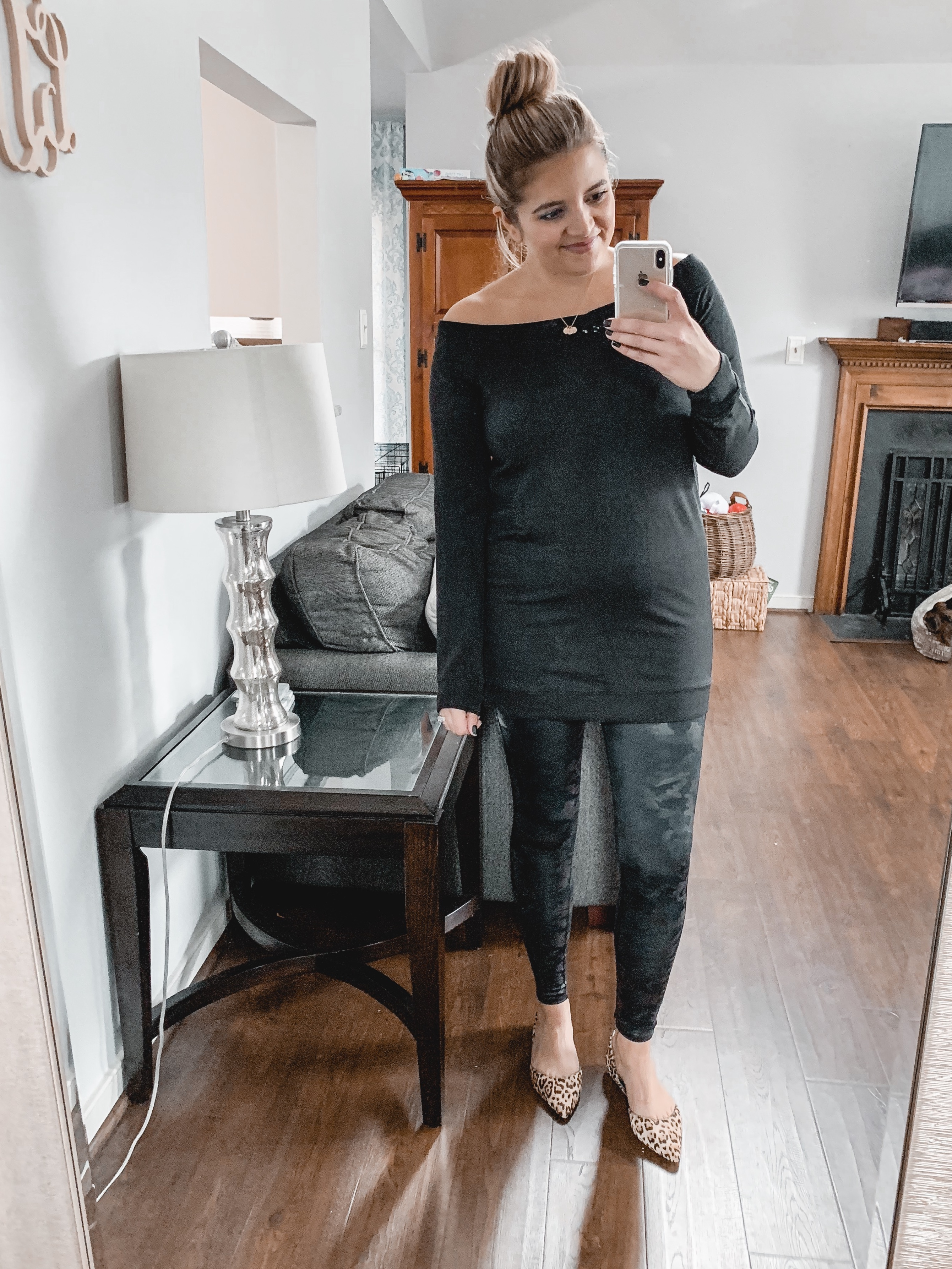 amazon prime wardrobe review and try on- I'm answering what Prime Wardrobe is, what I like and dislike about the service, and what pieces I ordered! bylaurenm.com