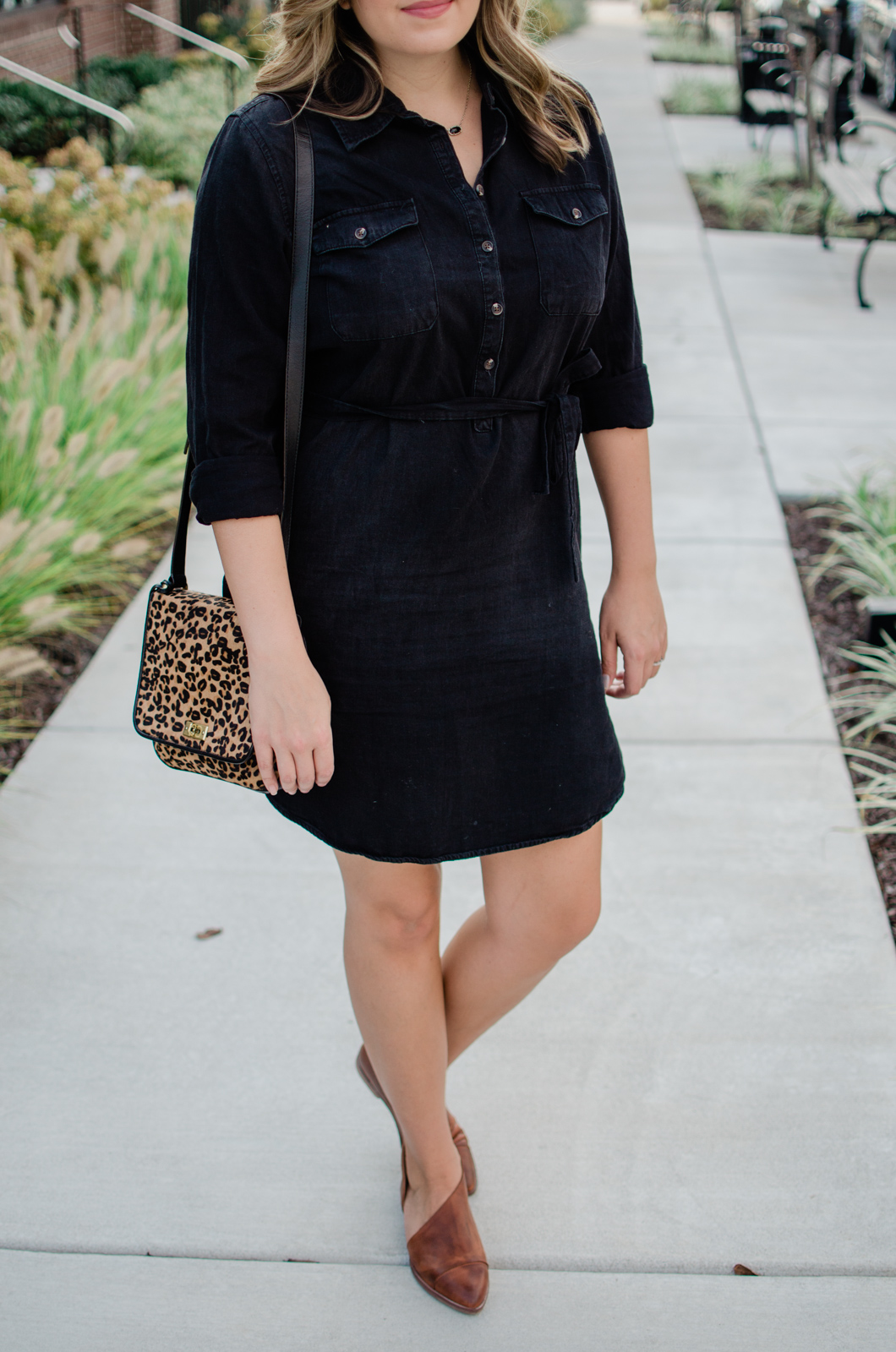 black denim shirt dress outfit for fall - cute fall casual shirtdress outfit | bylaurenm.com