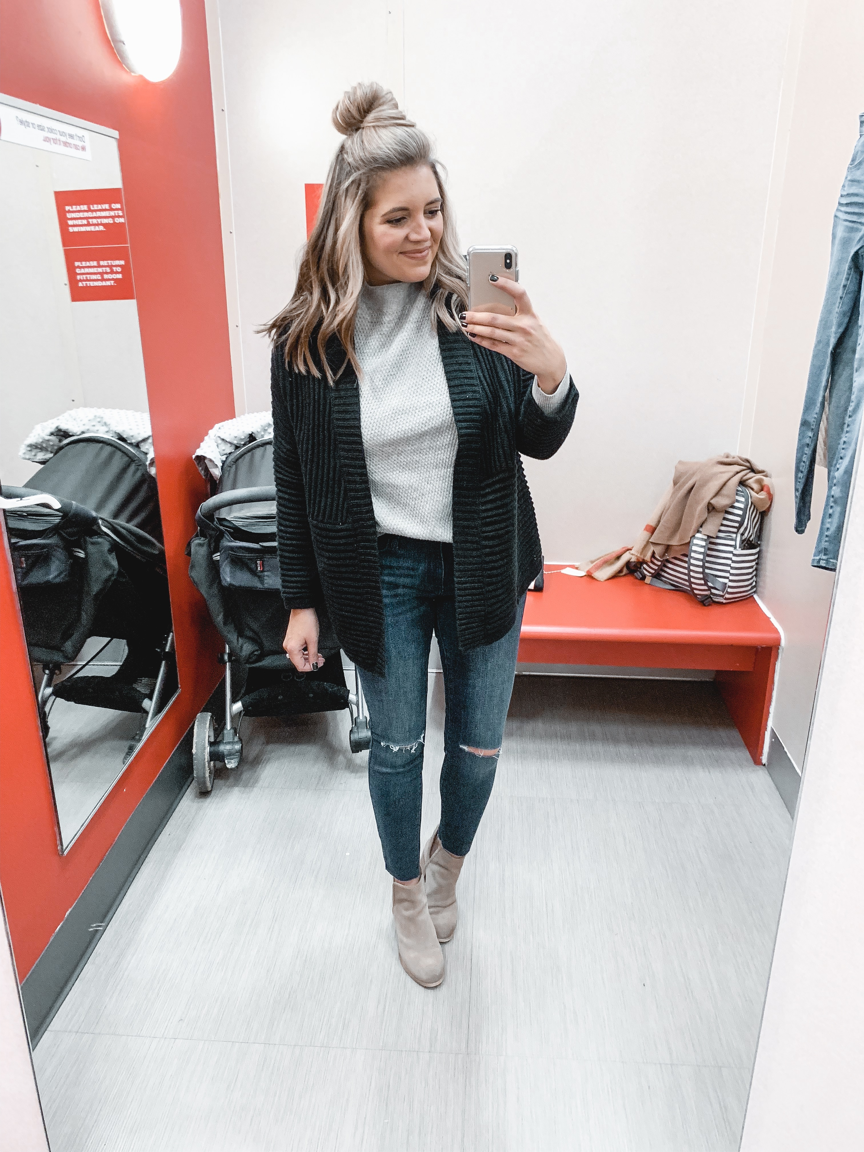 the biggest fall target clothing try on session! 30+ items reviewed for fit and style! Plus I'm sharing cute fall target outfits! bylaurenm.com