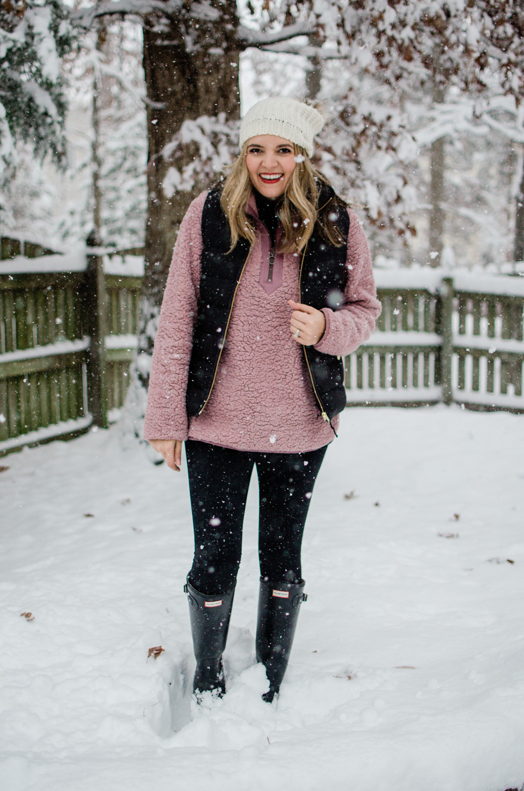 casual snow day outfit - five snow day outfits for winter! bylaurenm.com