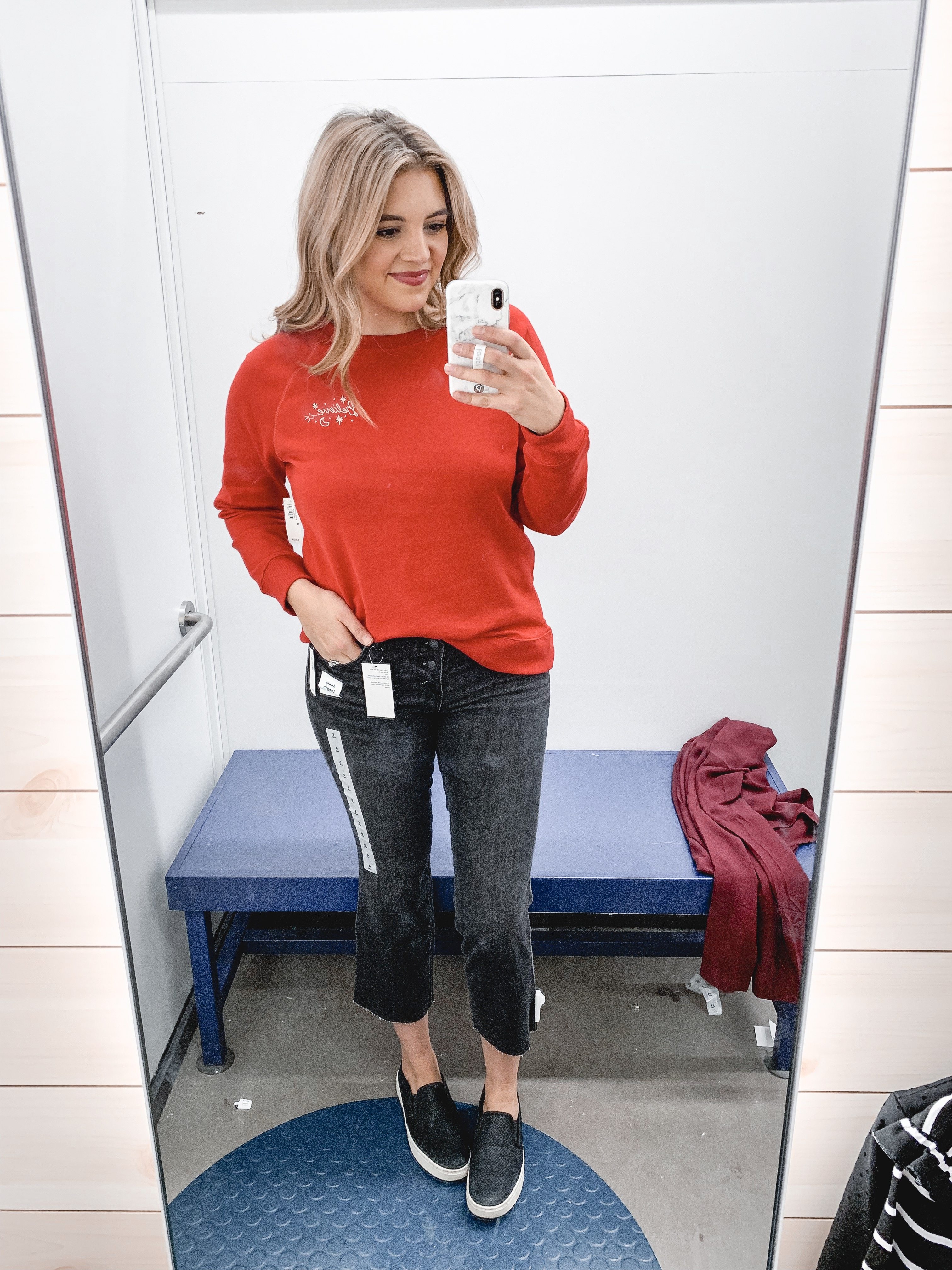 over 20 winter old navy outfits perfect for the holidays! See all of the looks and old navy try-on at bylaurenm.com