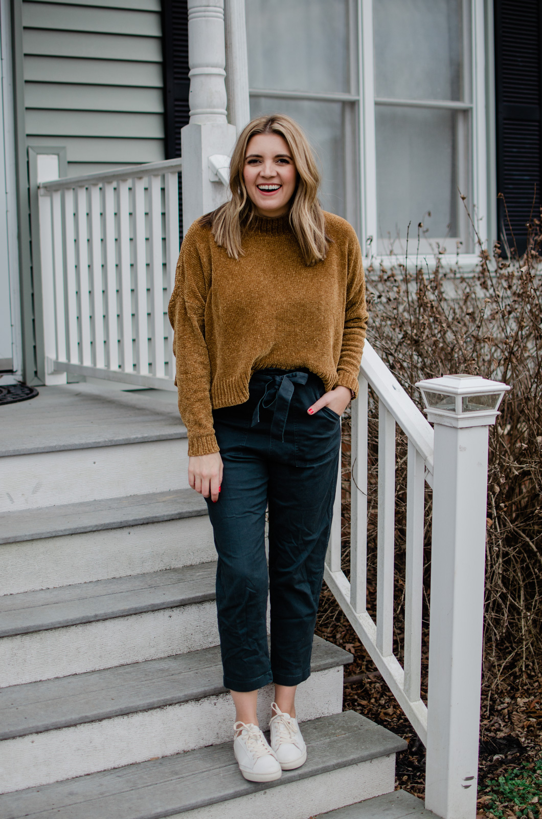 Affordable style blogger, Lauren Dix, shares six white sneakers outfits for winter and fall. See all the outfits at bylaurenm.com