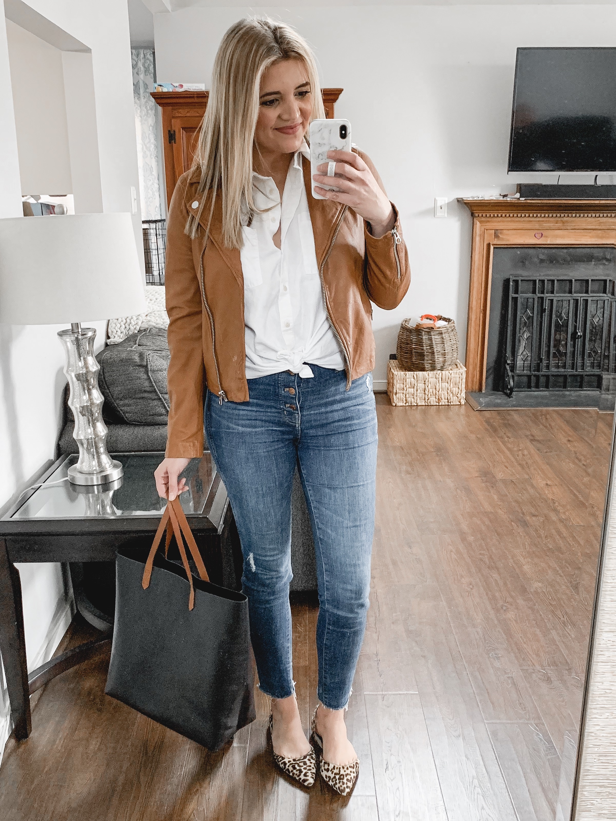 Affordable style blogger Lauren Dix shares her top Shopbop sale picks, including her favorite Madewell outfit pieces!