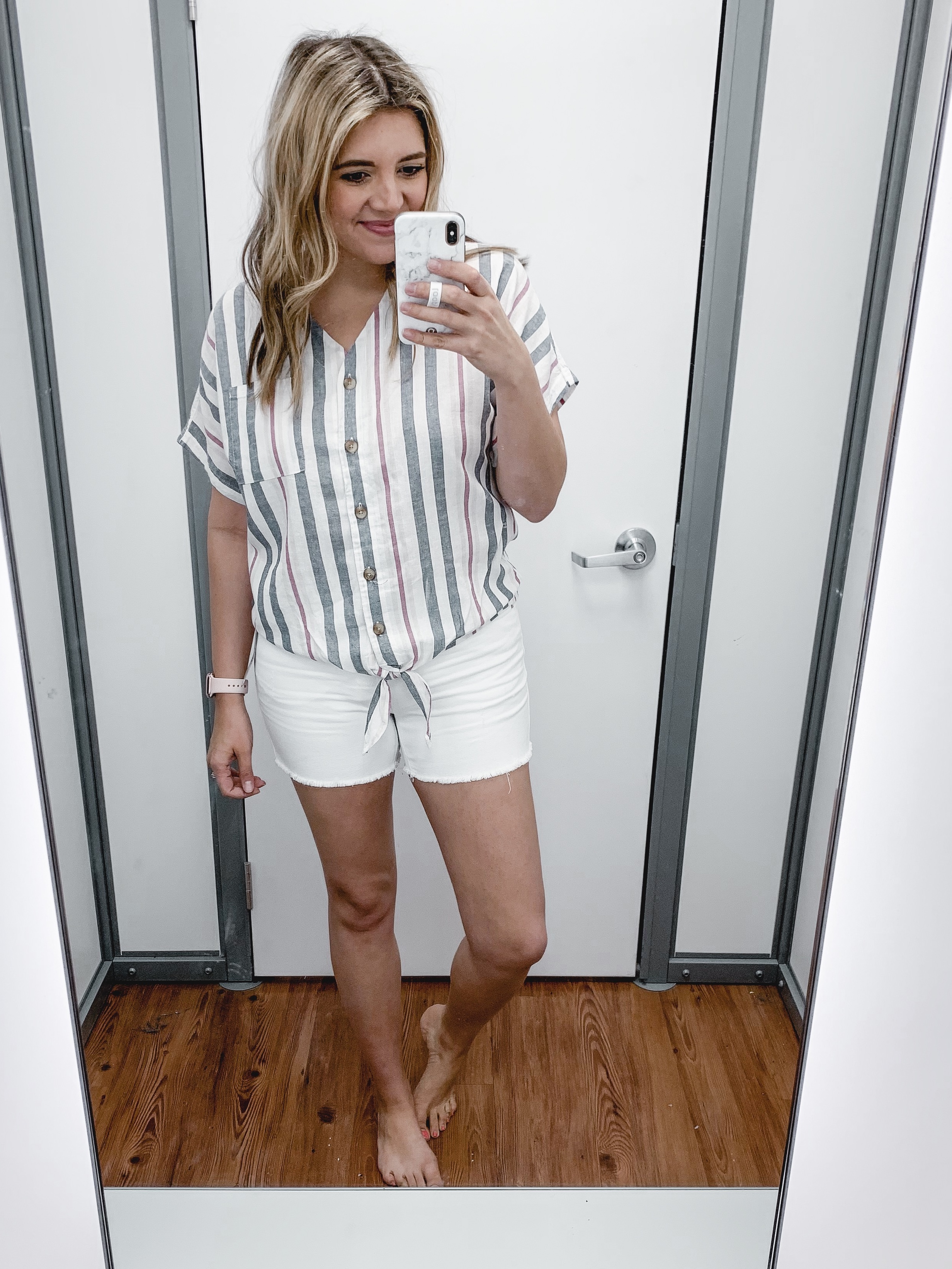 Affordable style blogger, Lauren Dix, shares a walmart clothing try on session with over 20 current Walmart finds!
