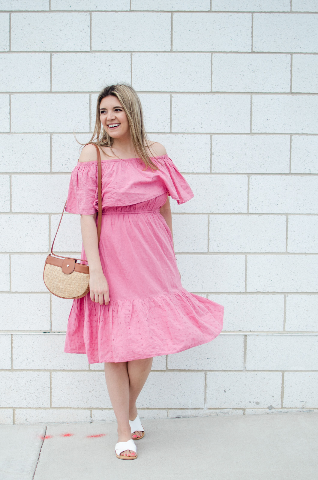 Affordable style blogger, Lauren Dix, shares affordable spring dresses from Walmart!