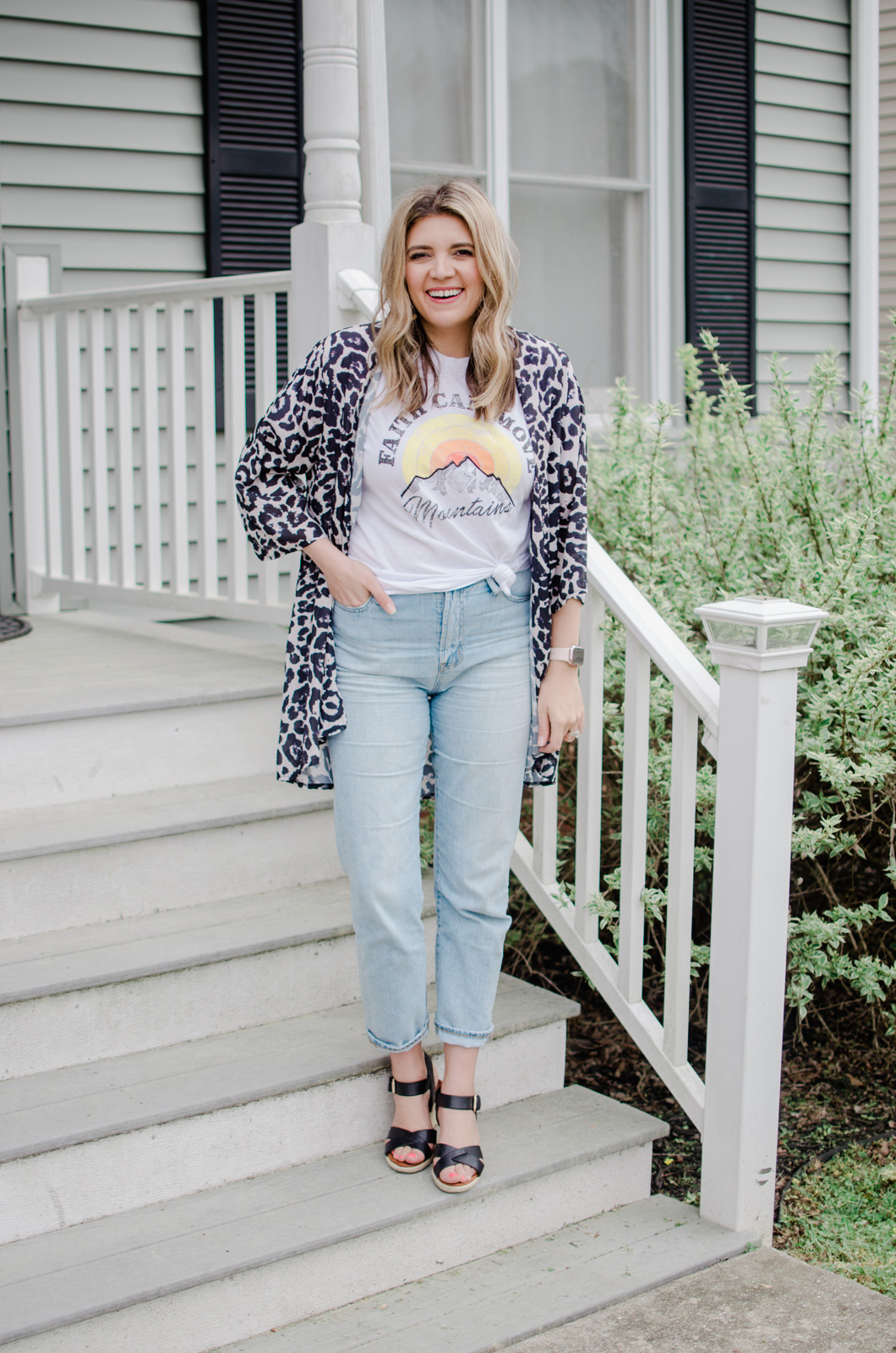 501abc7a87a Wondering how to wear a kimono  Virginia style blogger Lauren Dix shares  six kimono outfits