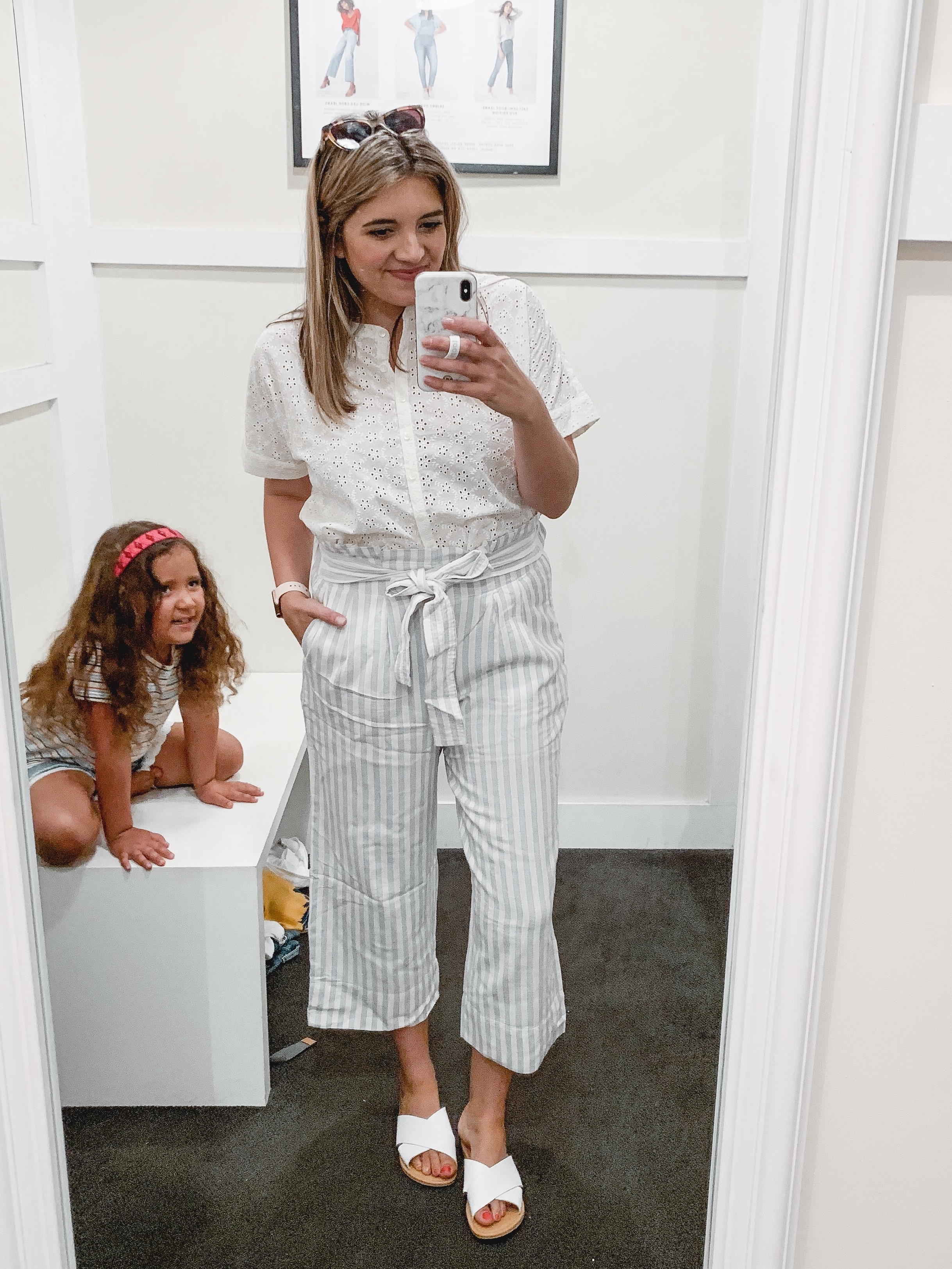 Virginia blogger, Lauren Dix, shares Madewell summer outfits in her July Madewell try on session!