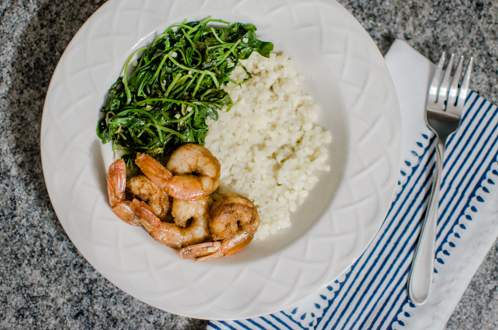 Virginia blogger, Lauren Dix, shares her top five favorite bowl recipes, including this delicious shrimp and cauliflower grits bowl!