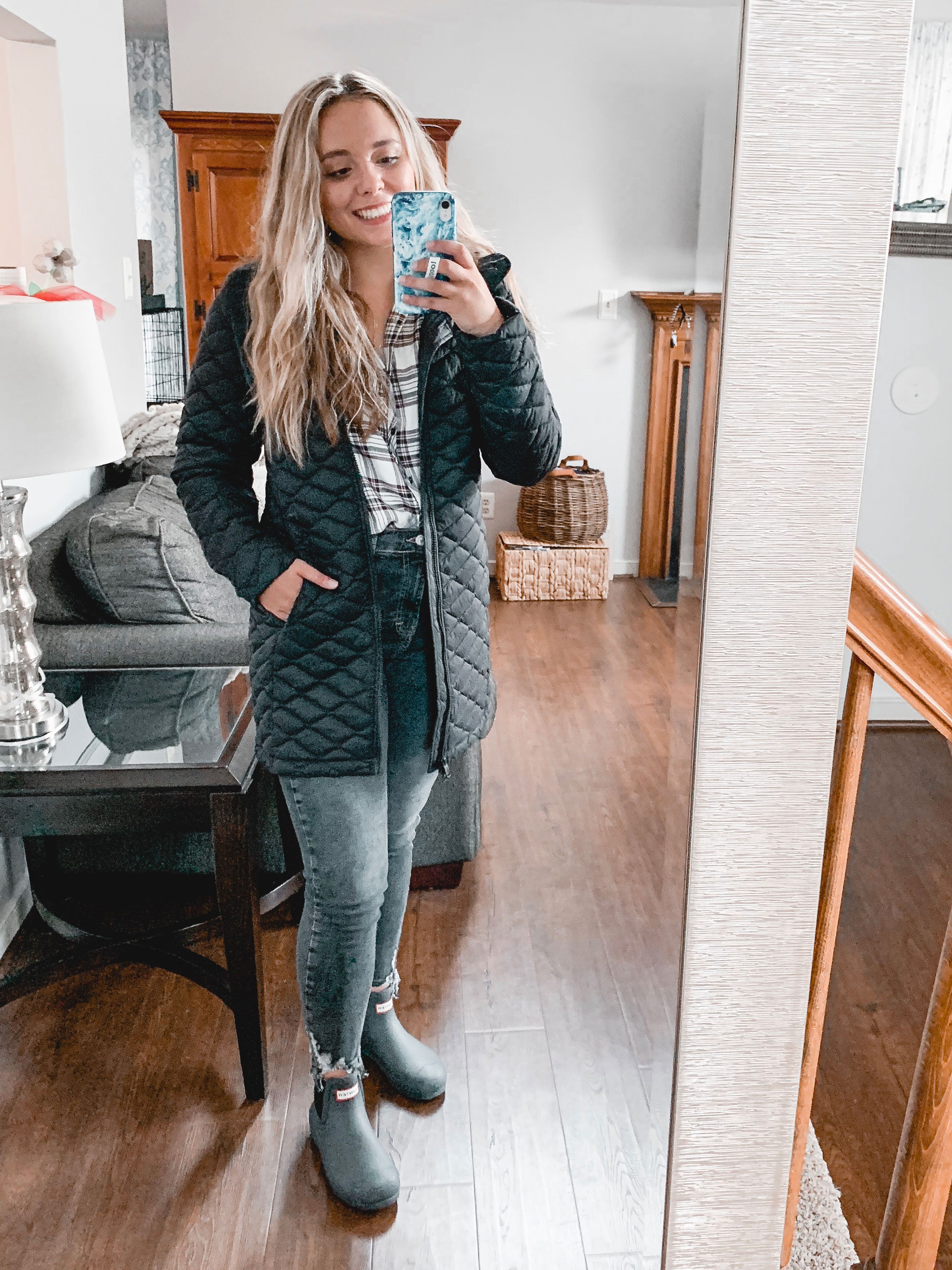 Virginia blogger, Lauren Dix, shares Nordstrom Anniversary Sale 2019 picks with her at-home try on session!