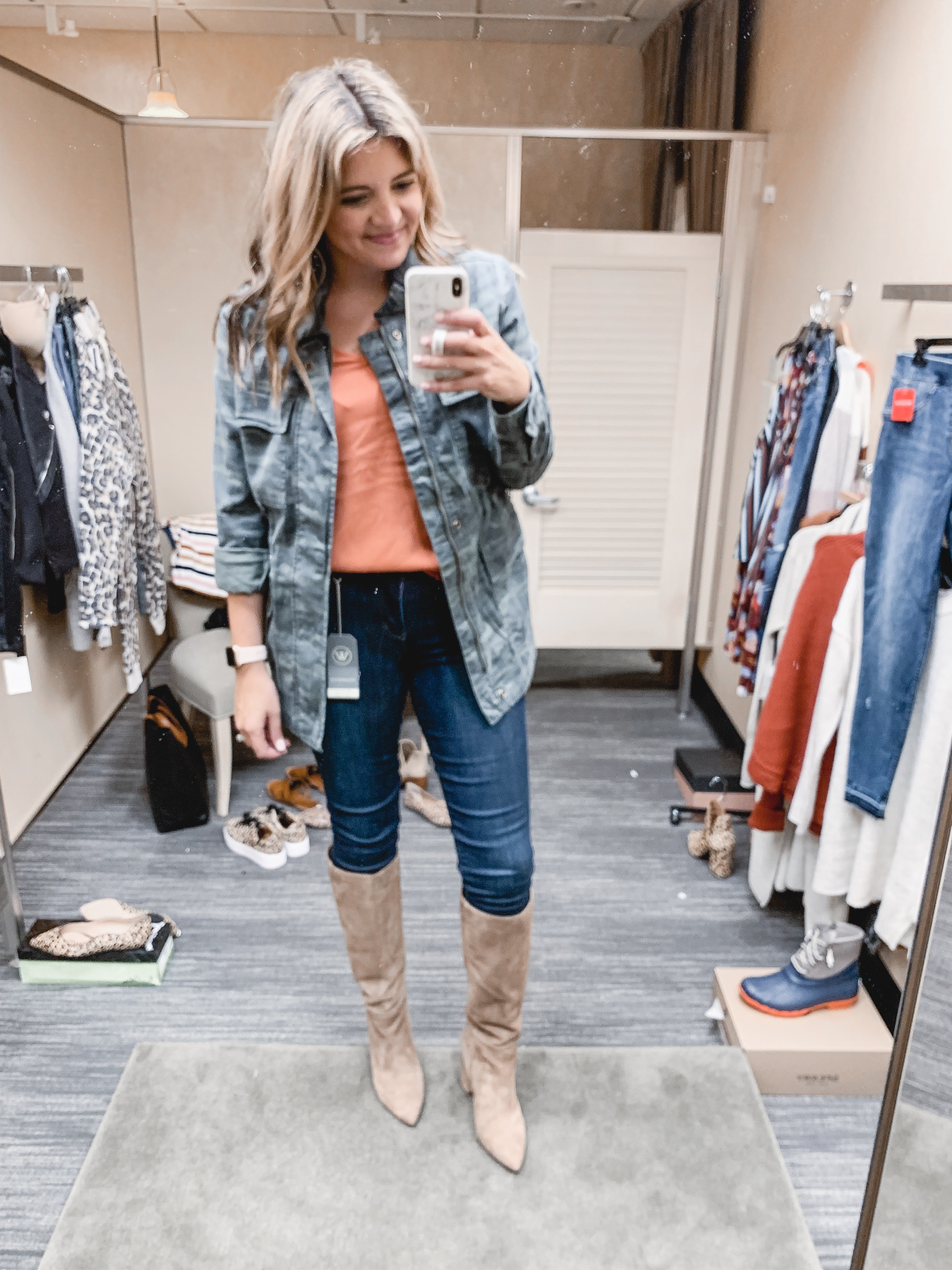 Virginia blogger, Lauren Dix, shares over 25 outfits from the Nordstrom Anniversary Sale! See all her recommendations in her post at bylaurenm.com!