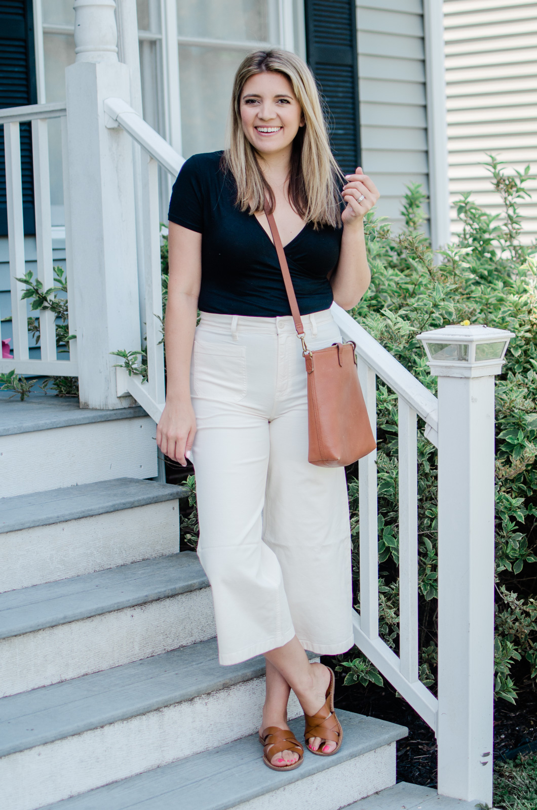 Virginia blogger, Lauren Dix, shares four bodysuit outfits for summer.
