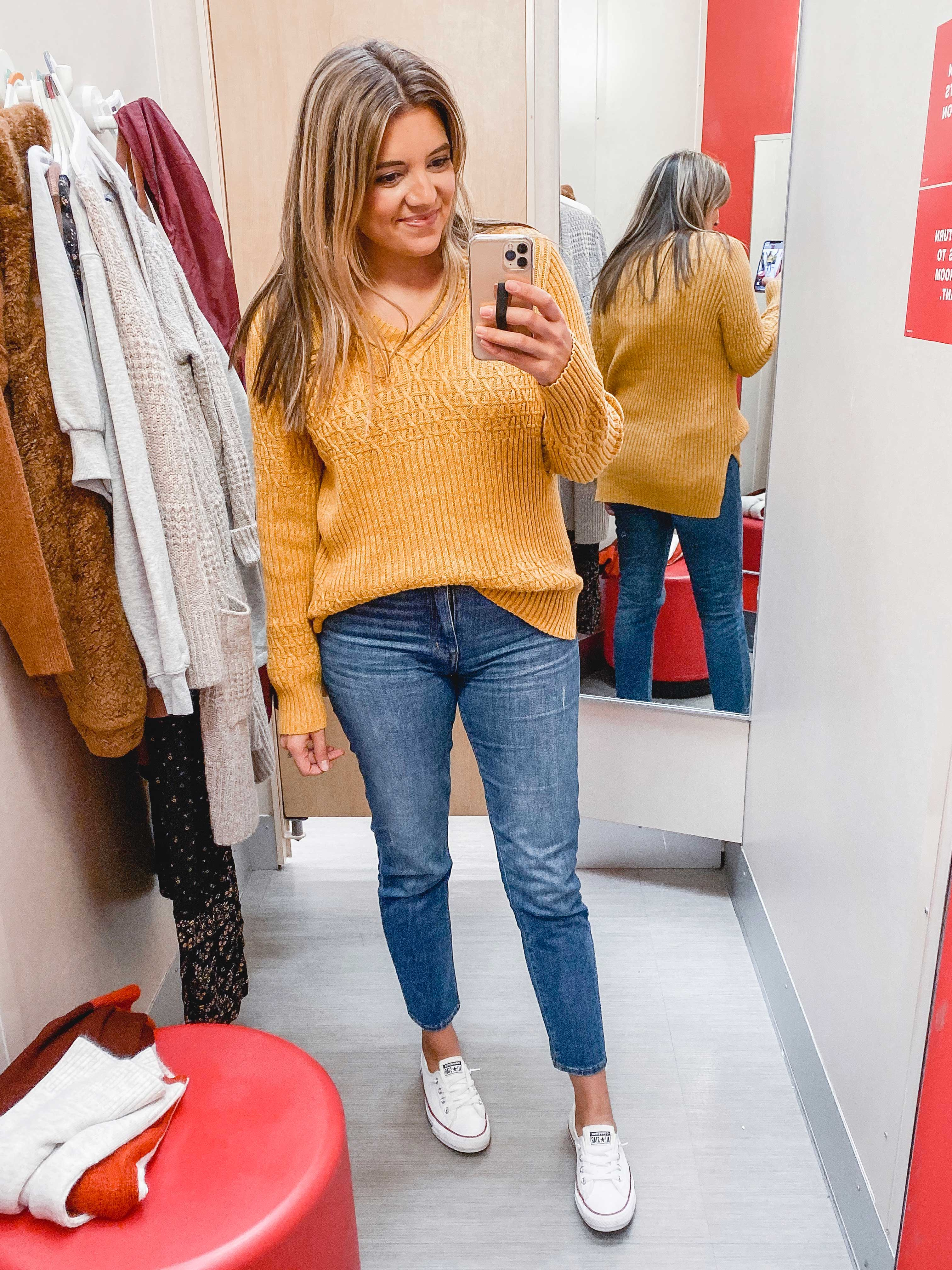 Virginia blogger, Lauren Dix, shares over ten of the cutest Target women's clothes in her Fall Target try on!