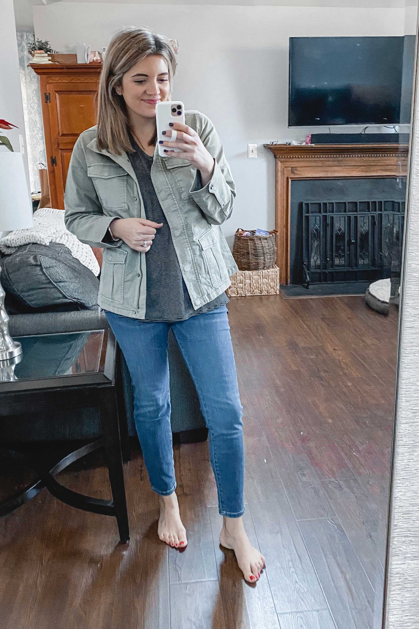 Virginia blogger, Lauren Dix, shares over ten Amazon fashion finds for 2020!