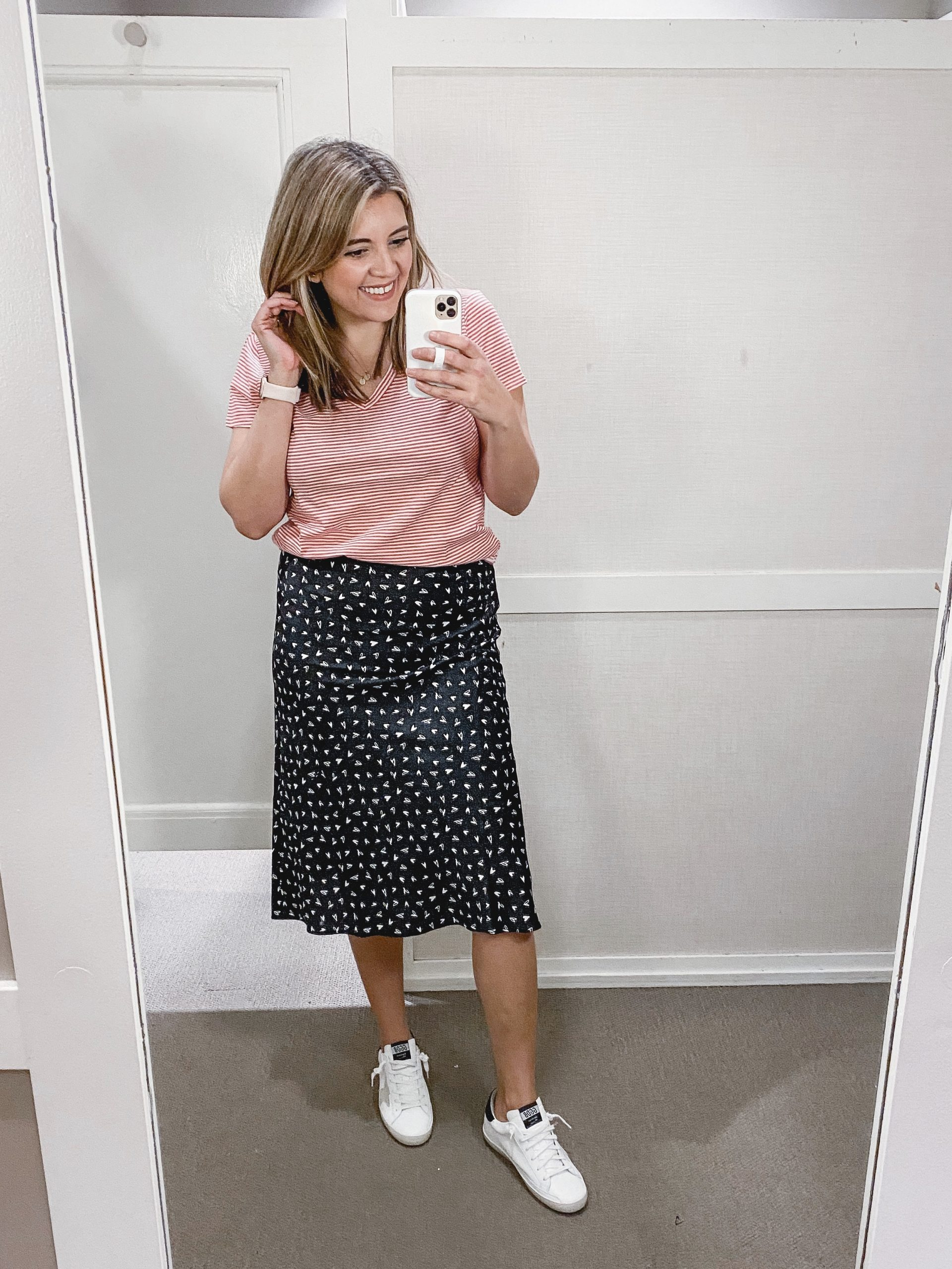 Virginia blogger, Lauren Dix, shares a Loft resort wear try on!