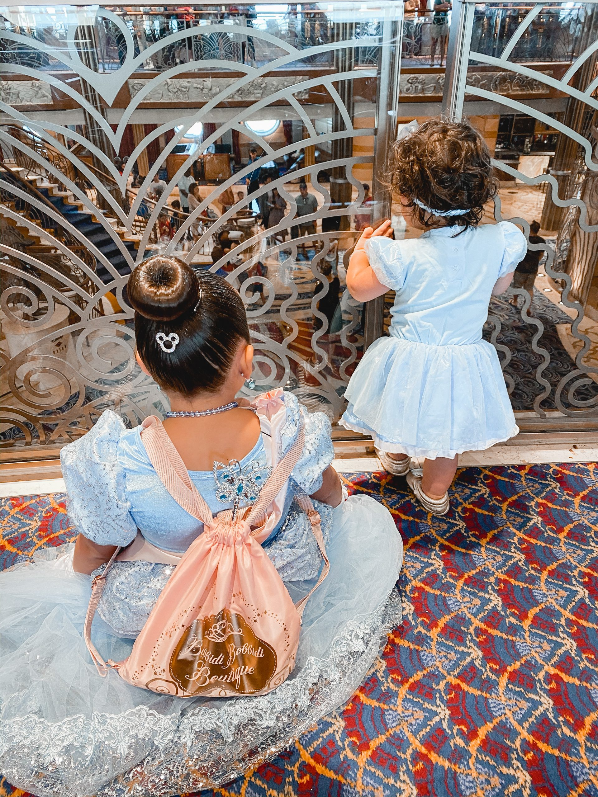 Virginia blogger, Lauren Dix, shares her top ten disney cruise tips for first-timers! Everything you'll wish you knew before your first Disney Cruise!