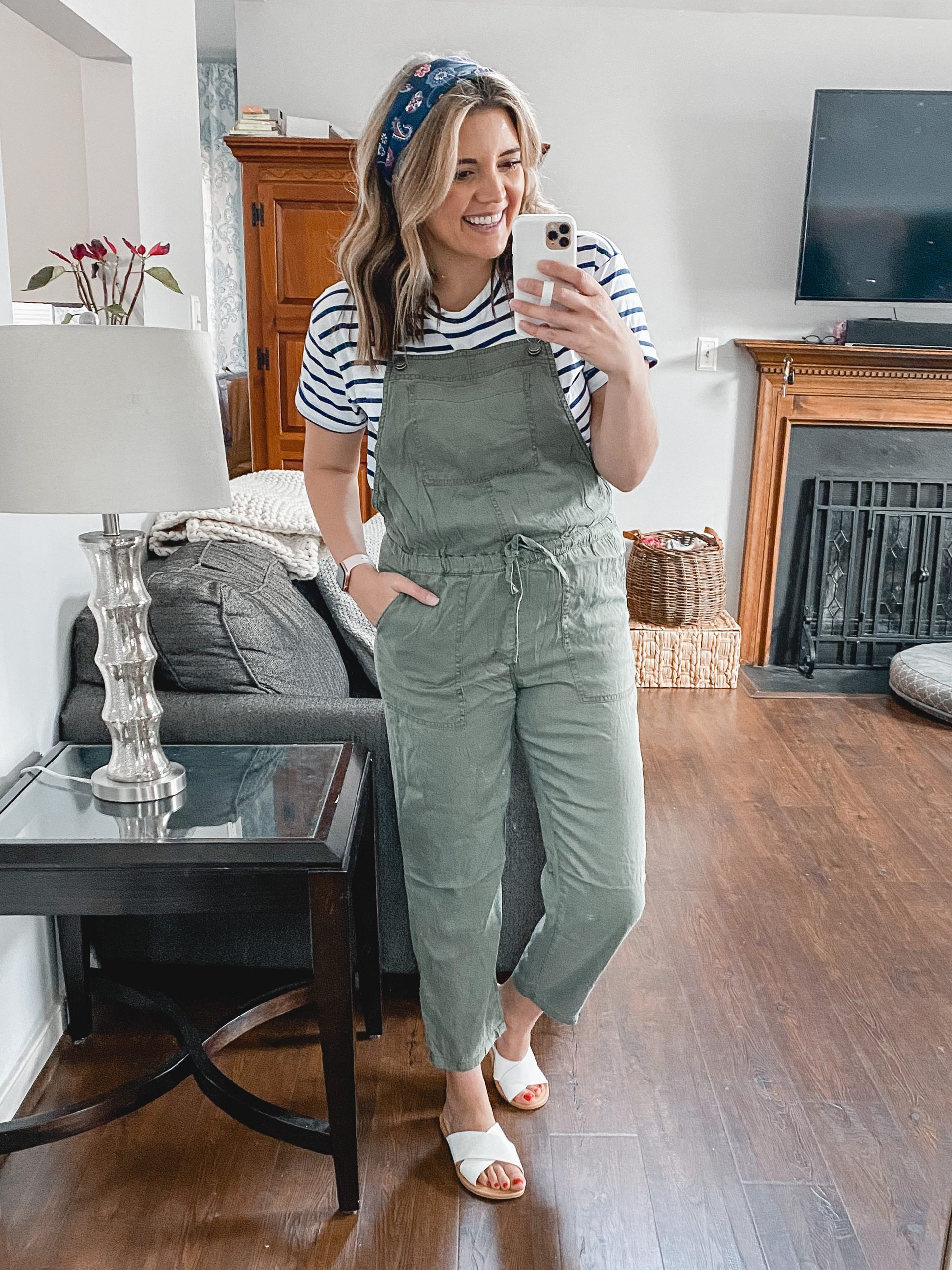 Virginia blogger, Lauren Dix, shares over ten Walmart outfits for spring!