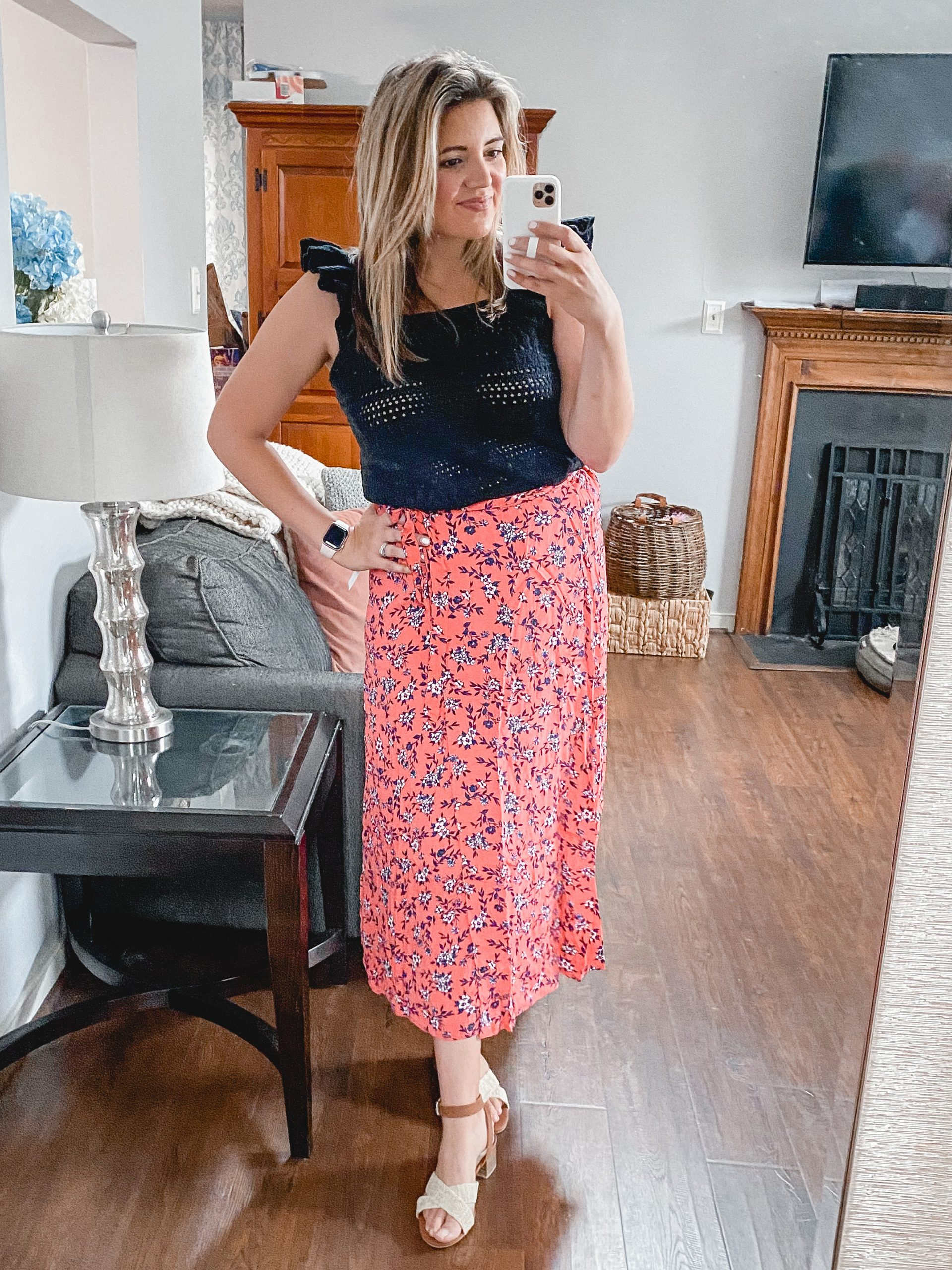 Virginia blogger, Lauren Dix, shares 10 new Walmart fashion finds for spring and summer in her latest Walmart try on!