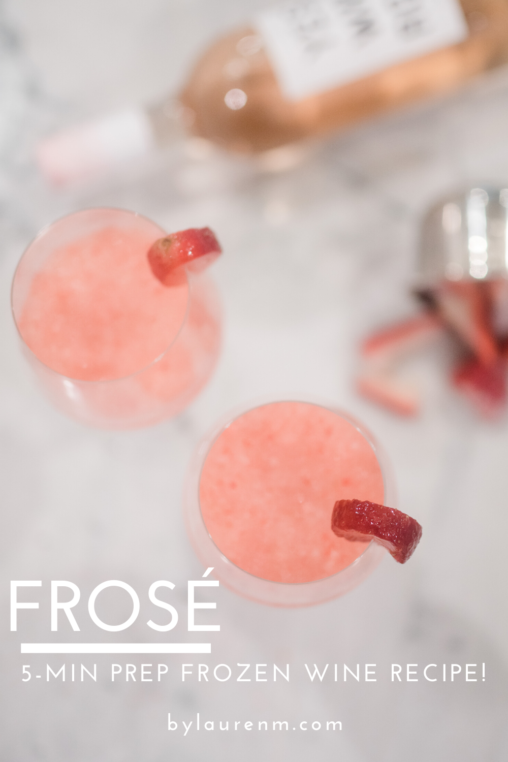Virginia blogger, Lauren Dix, shares her quick and easy 5 minute prep frose recipe! Get ready to enjoy the most delicious frozen wine!