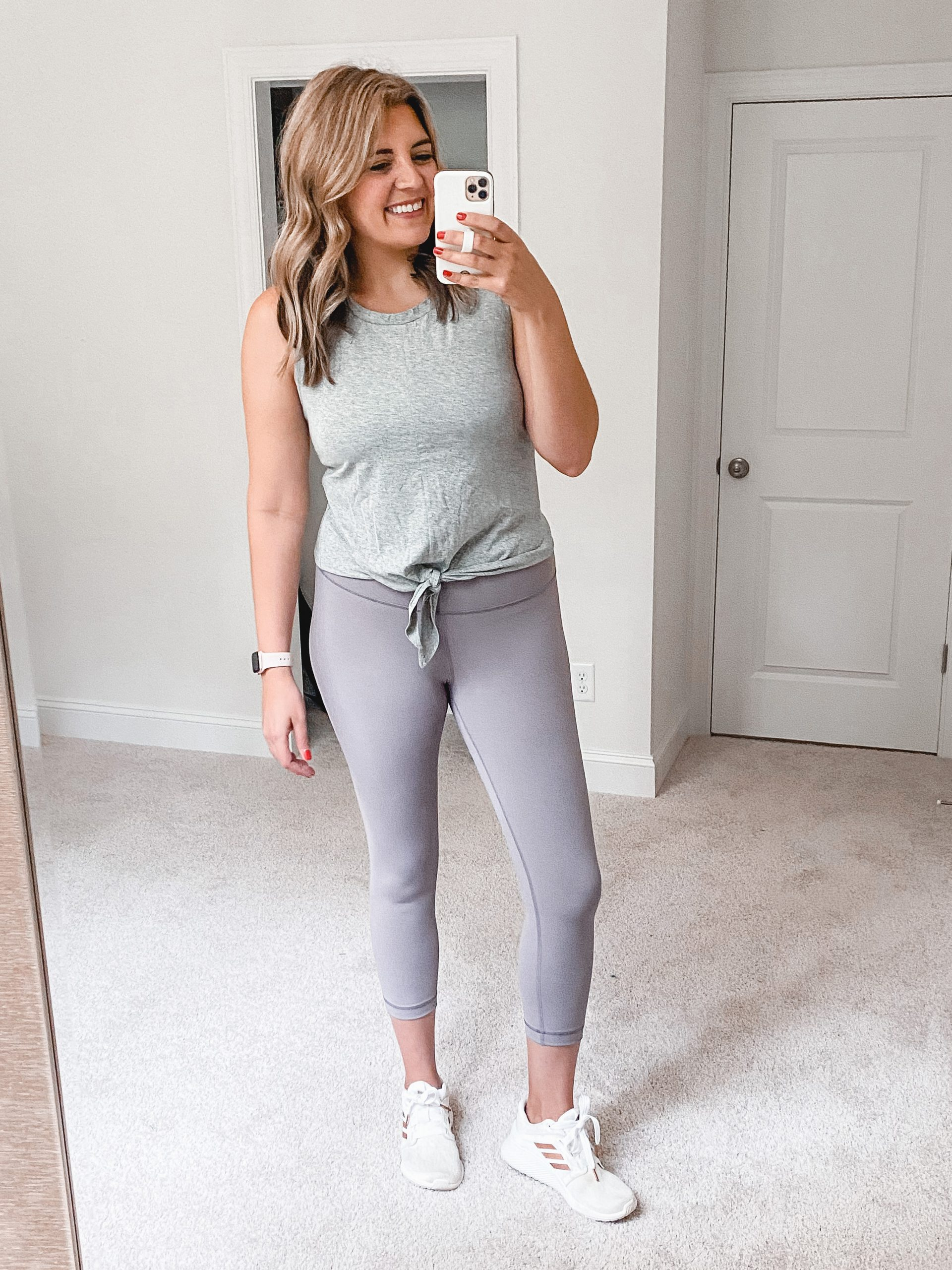 Virginia blogger, Lauren Dix, shares summer Amazon workout clothes under $25!
