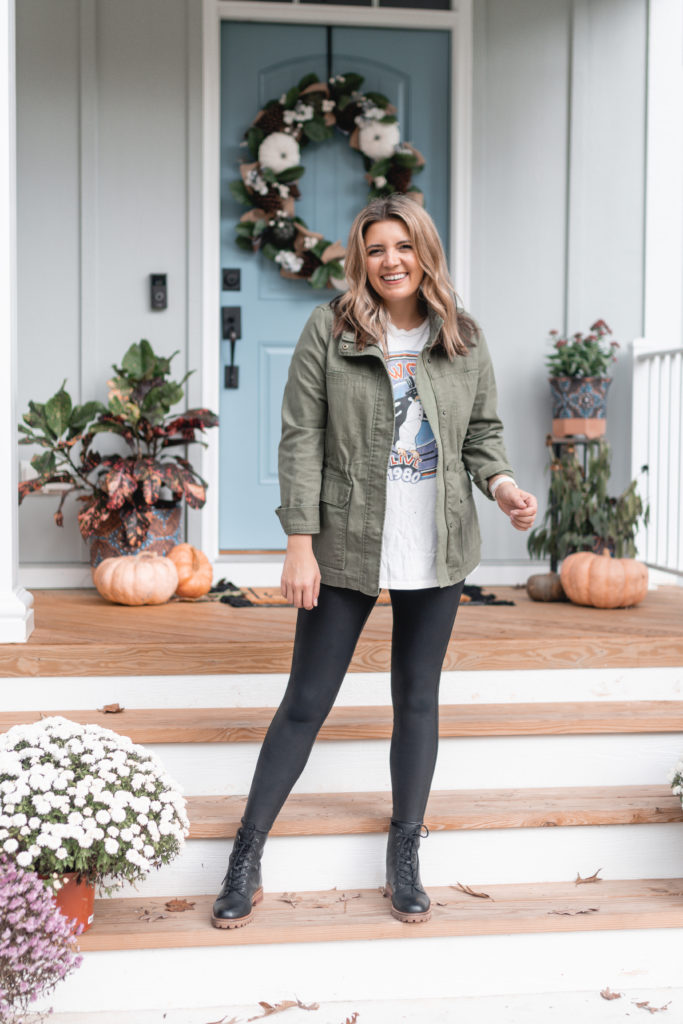Virginia blogger, Lauren Dix shares 7 combat boot outfits for fall and winter!