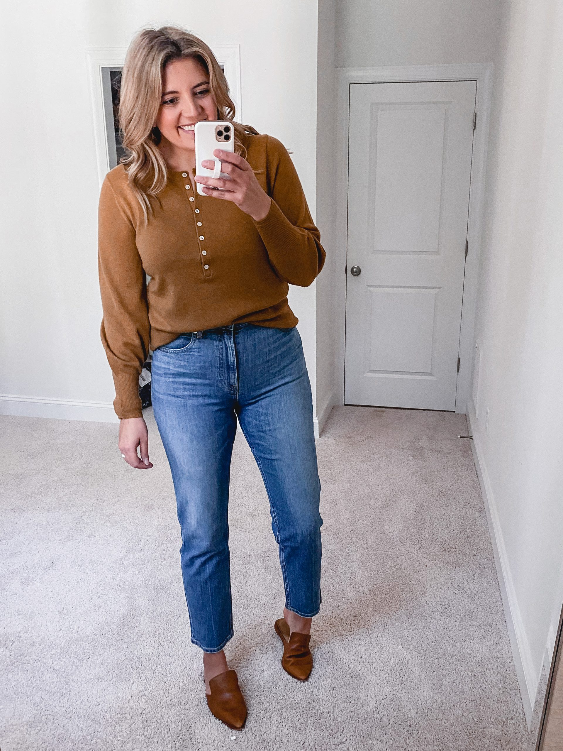 Virginia blogger, Lauren Dix, shares new Everlane arrivals for her fall Everlane try on 2020!