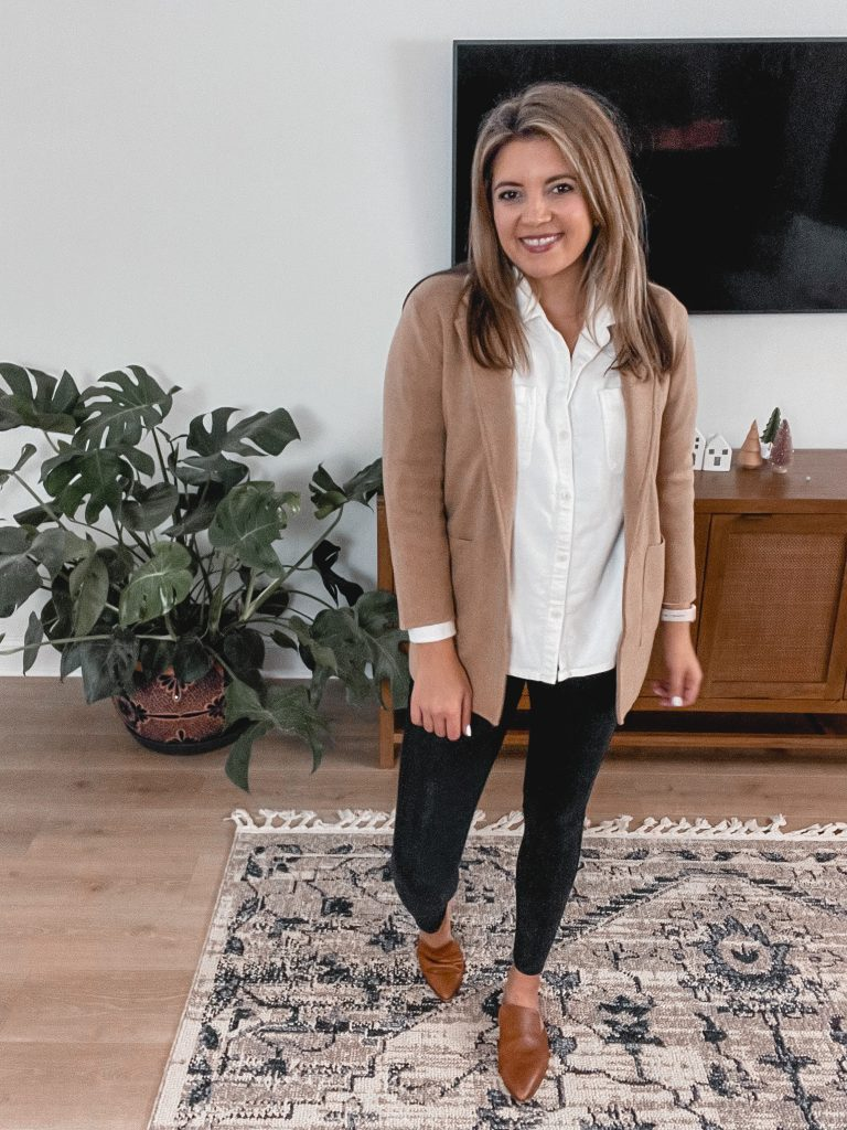 Virginia blogger, Lauren Dix, shares six Thanksgiving Outfit Ideas from casual to dressy!