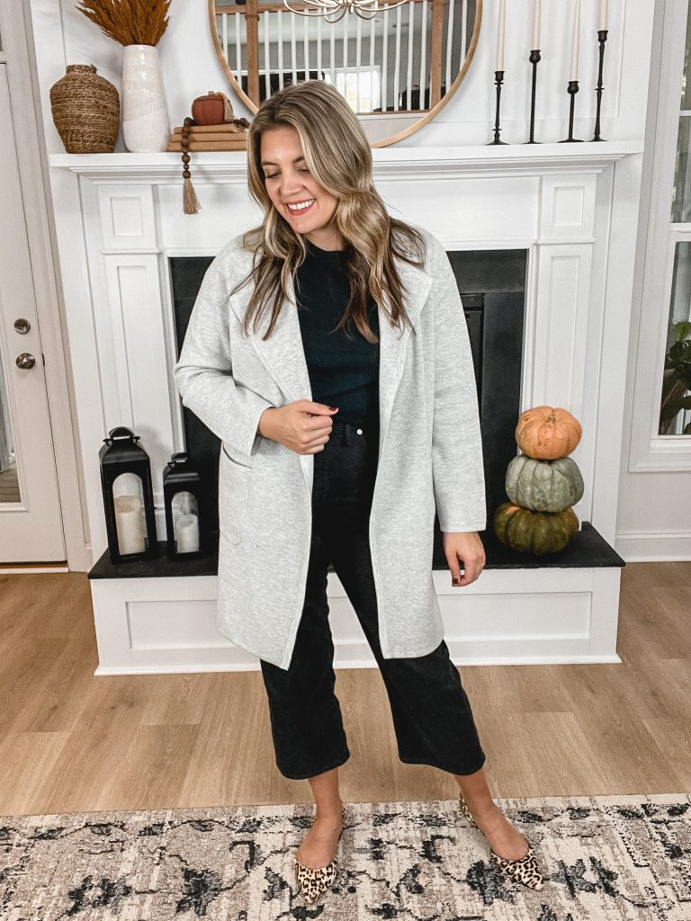 Virginia blogger, Lauren Dix, shares seven long sweater blazer outfits for fall and winter! Ways to wear a sweater blazer dressed up and down.